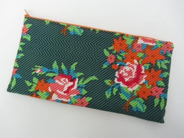 Täschchen Grün Orange Blumen